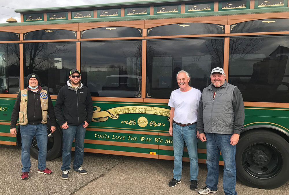 Chanhassen Lions Club donated 1,541 pounds of food